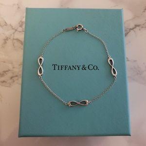 Tiffany & co Endless Bracelet in silver